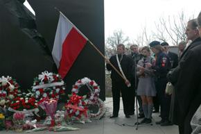 Katyn-114-2008-Fot.-Deczkow